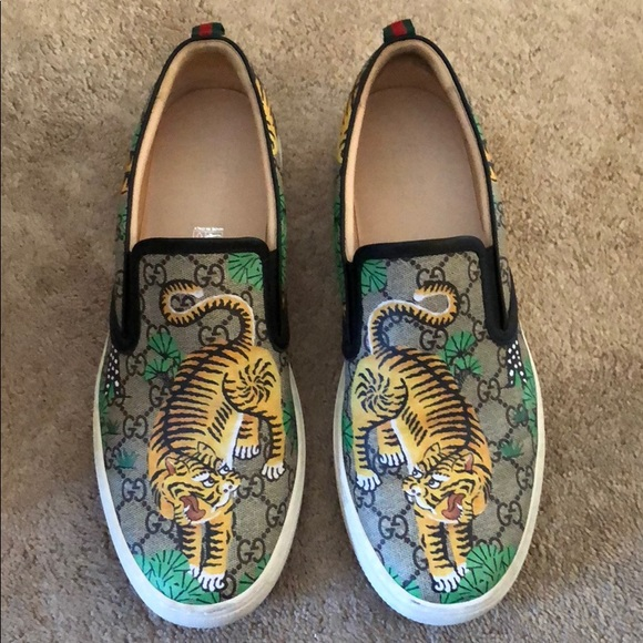 0664015cf Gucci Shoes | Gg Supreme Angry Cat Dublin Slipon Sneakers | Poshmark